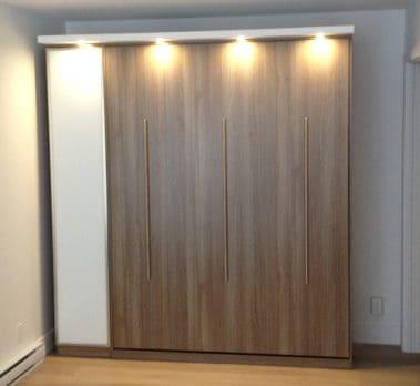 Lit escamotable vertical bois clair